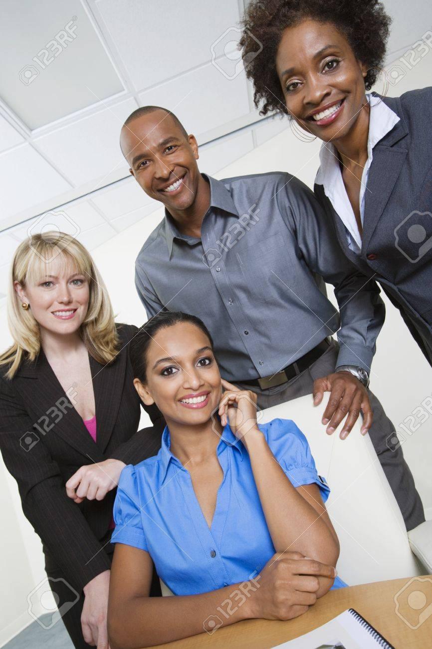 Businesspeople - 12592336