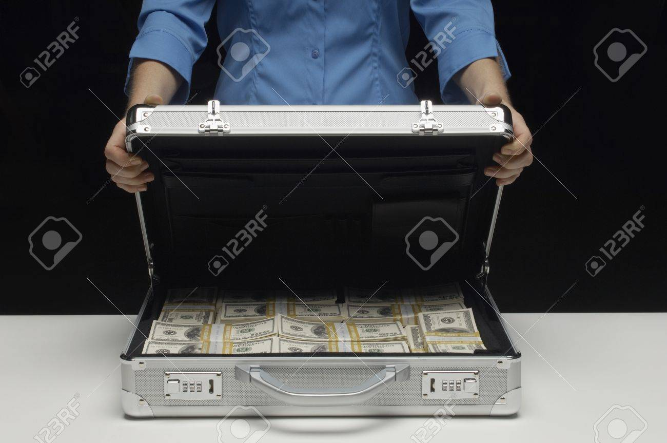 Briefcase Full of Money Stock Photo - 12737191