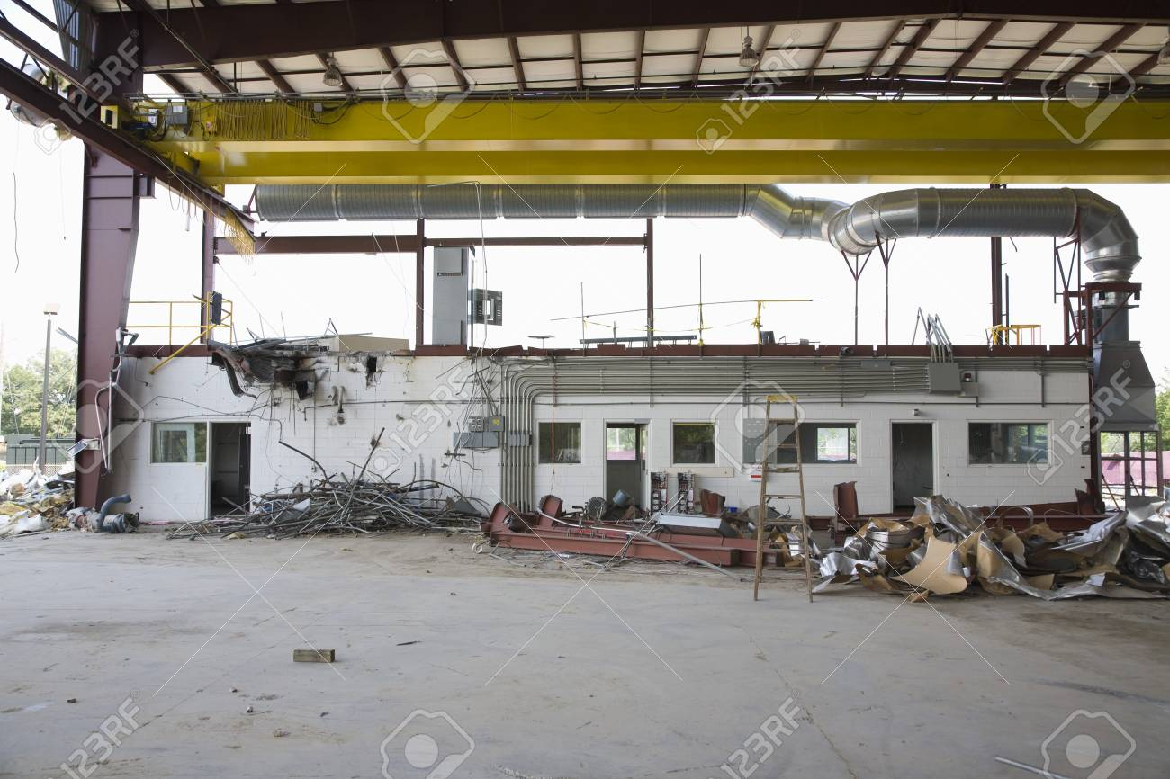Abandoned factory Stock Photo - 20717445