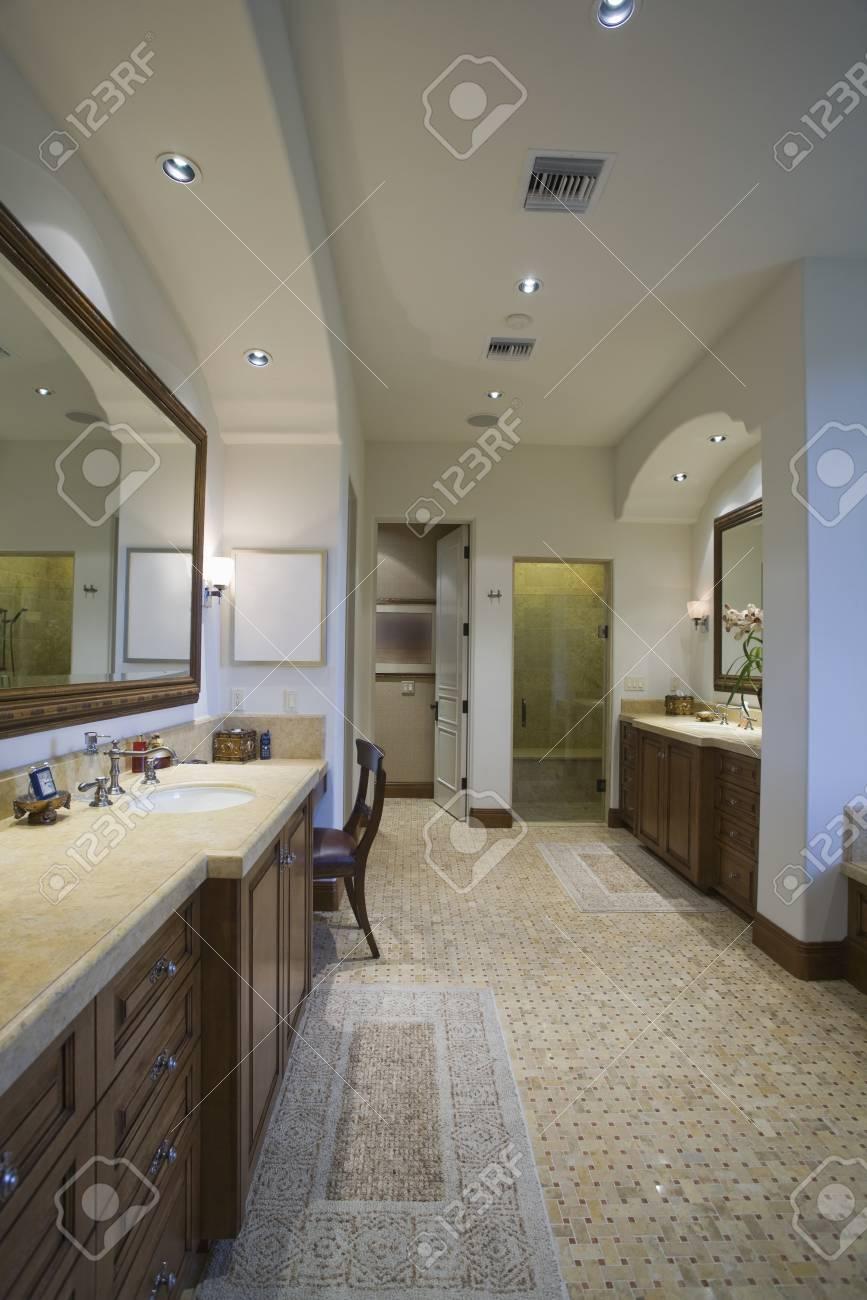 Salle de bain Palm Springs avec sol en mosaïque