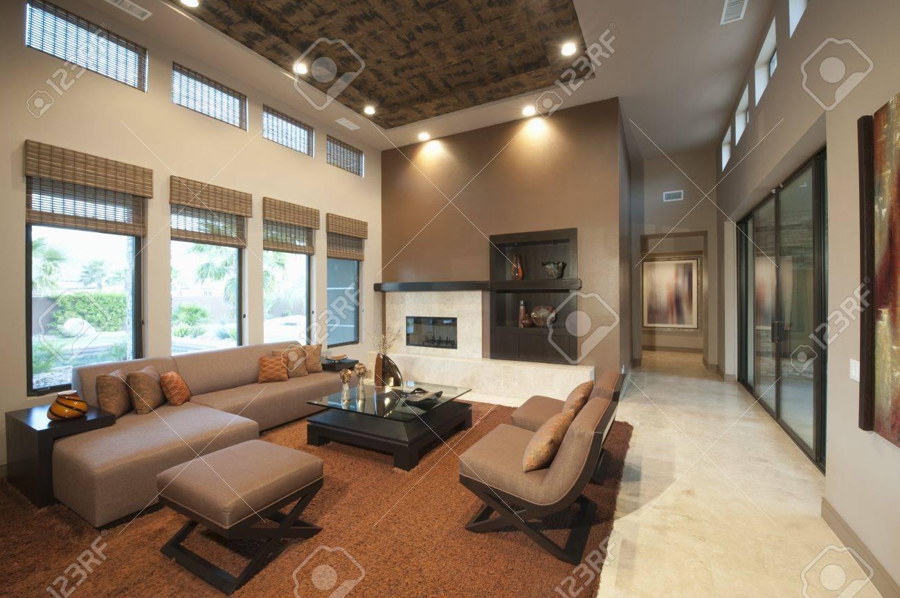 Interieur woonkamer royalty vrije foto's, plaatjes, beelden en ...
