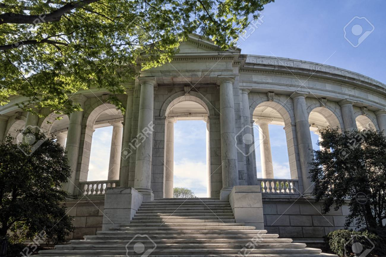 The amphitheater entrance for the tomb to unknown soldier in Arlington Cemetery in Virginia, USA - 43751504