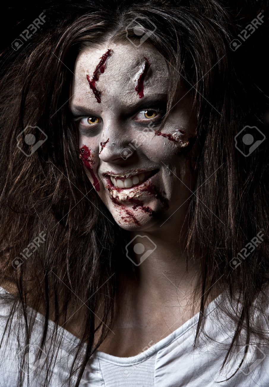 a scary looking girl possessed by a demon Stock Photo - 8021186