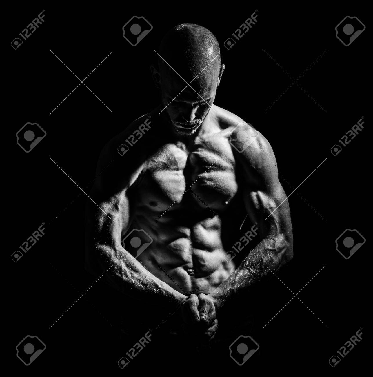 a young fit athlete posing his ripped body Stock Photo - 14454362