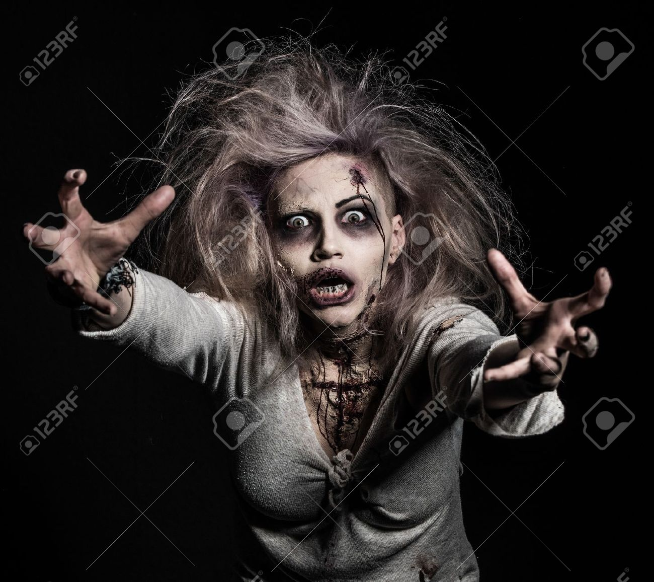 a scary undead zombie girl Stock Photo - 20528892