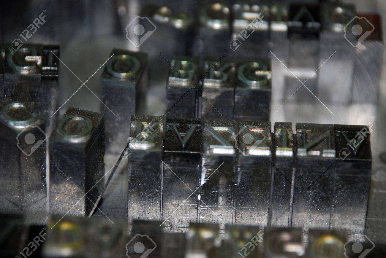 Typography workshop: old lead type for printing Stock Photo - 10520594