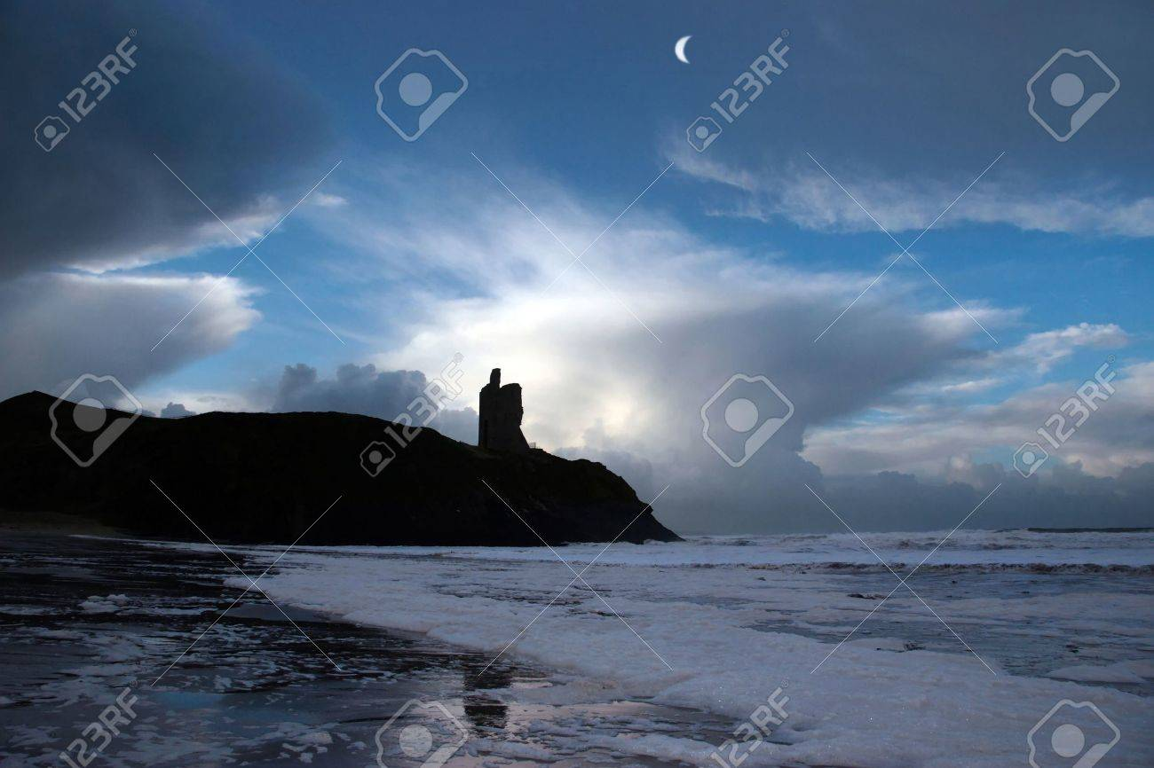ballybunion castle ireland after a winters storm Stock Photo - 2615923