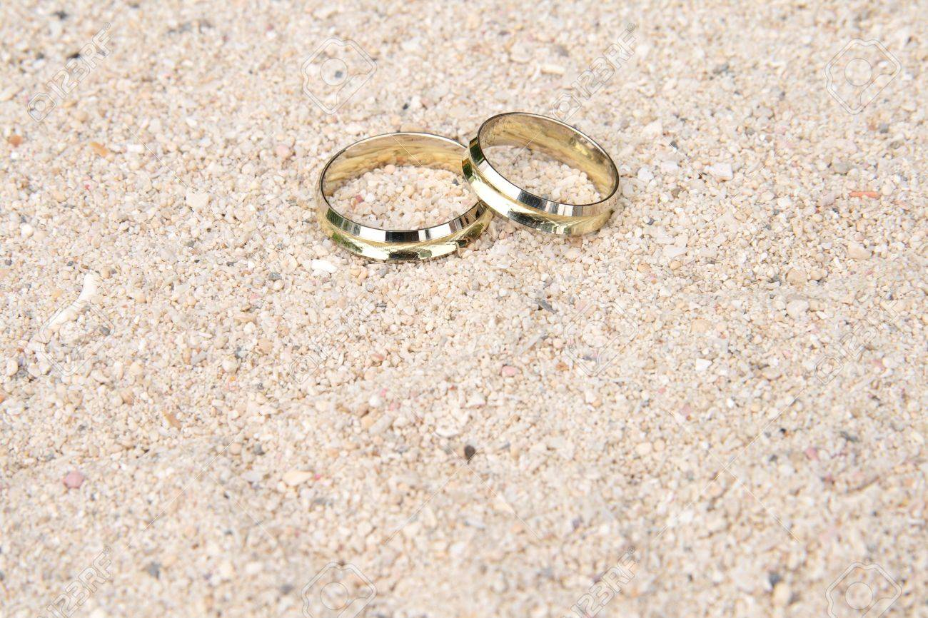 a seashell on in wedding playadelcarmen the rings beach weddings riviera two org maya resting