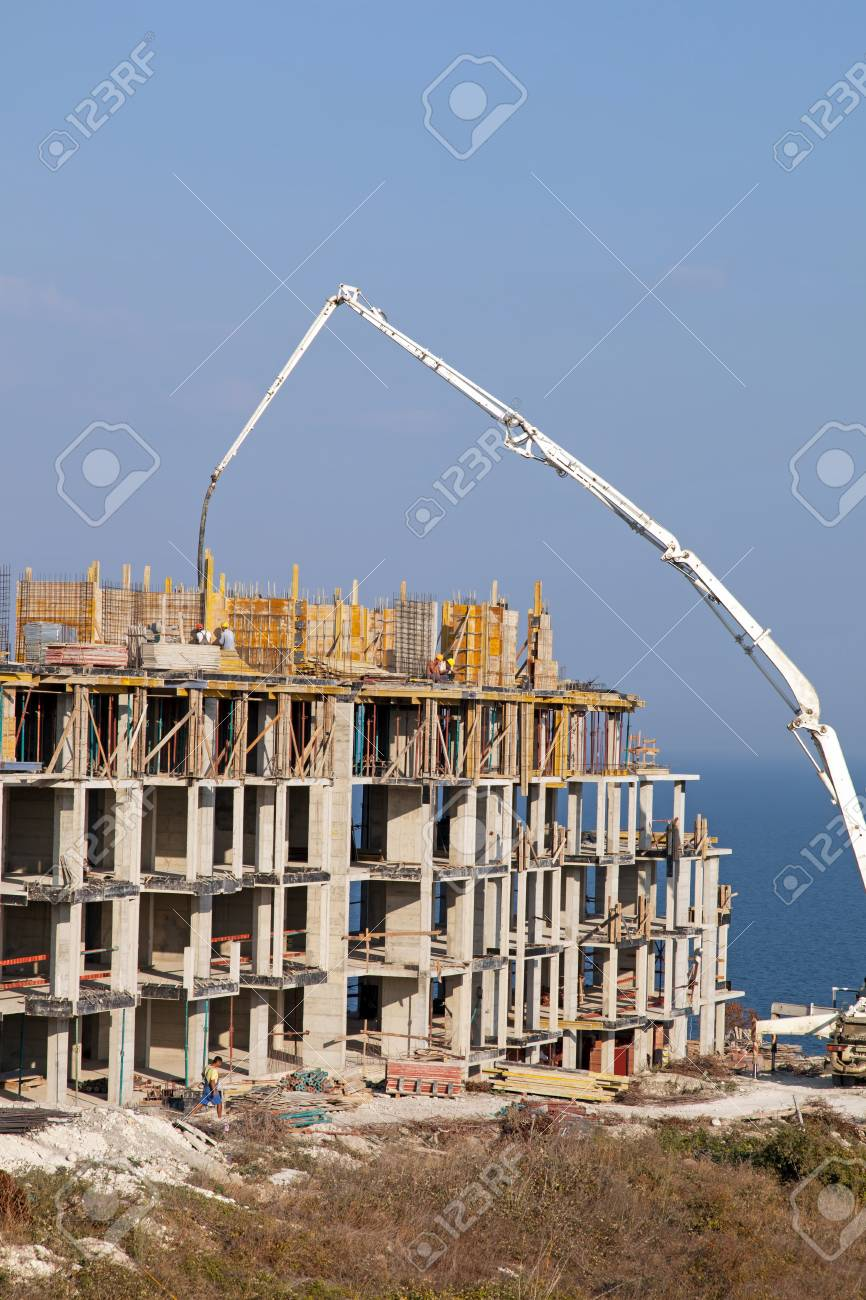 Construction of new elite housing on the sea coast Stock Photo - 16004253