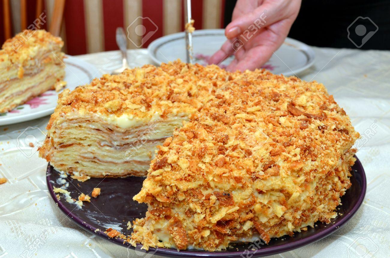 Рецепт торта наполеон с пошаговым фото с готовым слоеным тестом