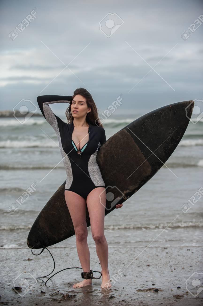 Topsy curvy tits