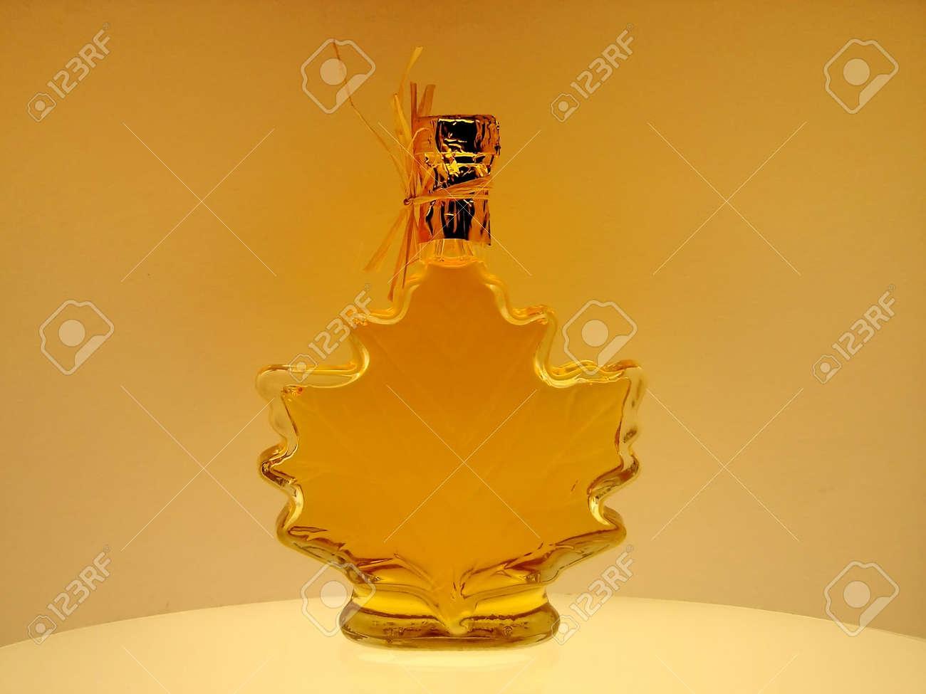 28895e234b3 Maple Syrup Stock Photo