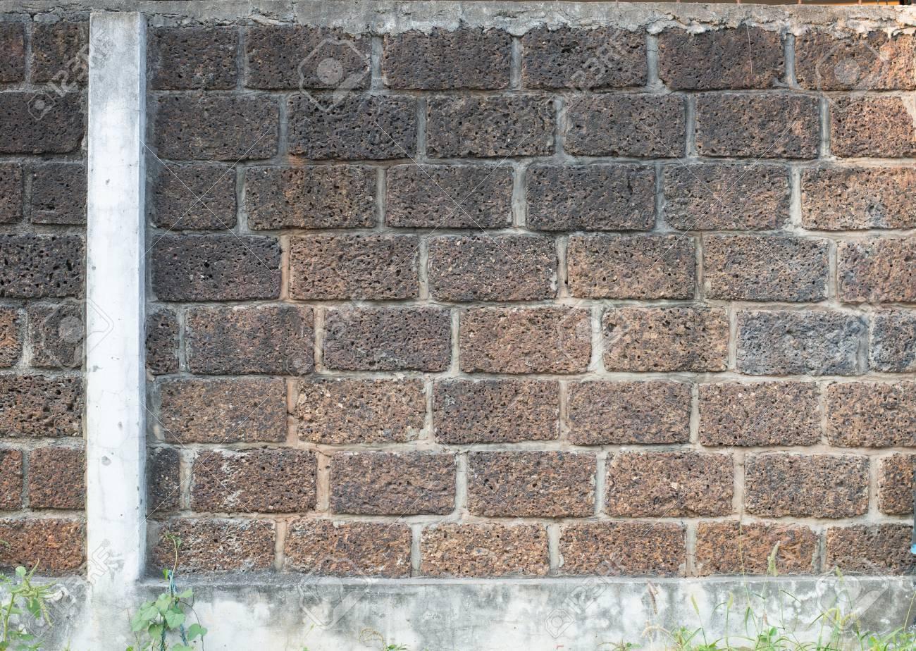 Vecchio muro di piastrelle in cemento sfondo e texture foto