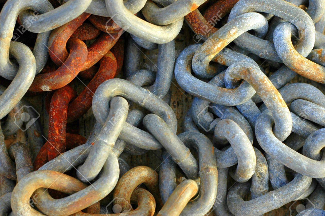 Abstract Background Texture Of Rusty Old Chains Stock Photo - 15215384