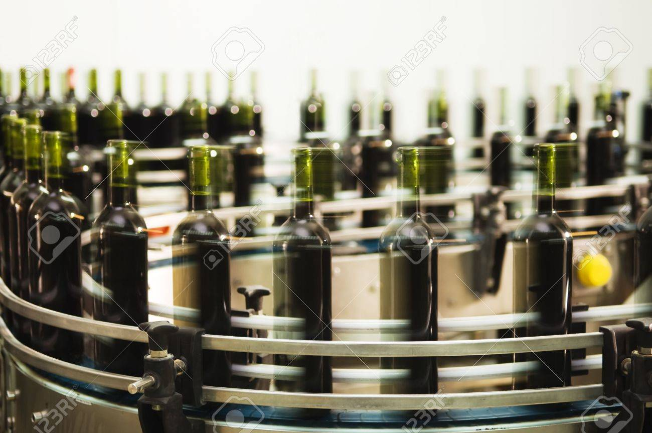 Turntable of a bottle filling line at a modern winery Stock Photo - 2712897