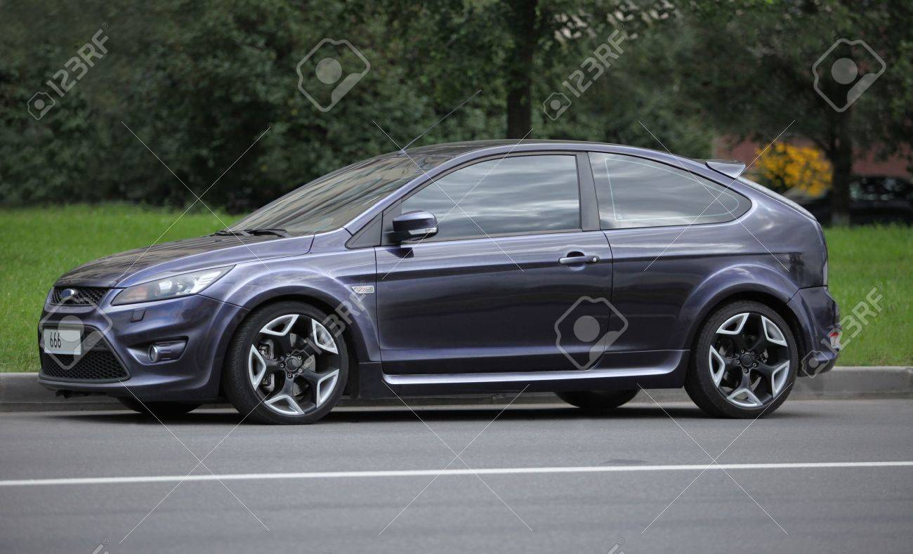 Ford Focus Coupe Street Racing Car Side View Stock Photo, Picture ...