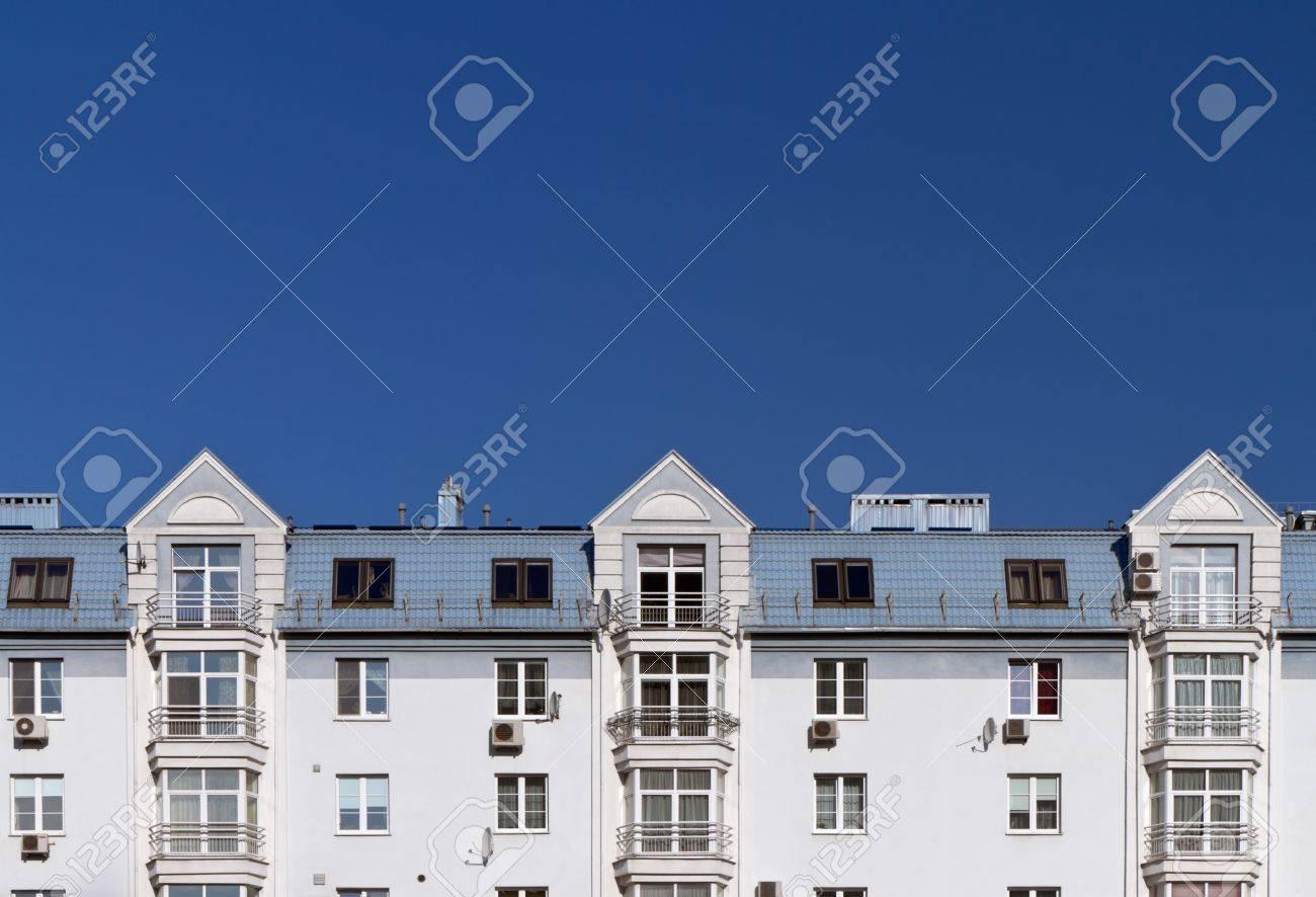 Modern apartment building Stock Photo - 9989827