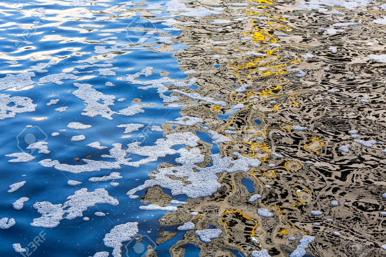 Risultati immagini per acqua inquinata