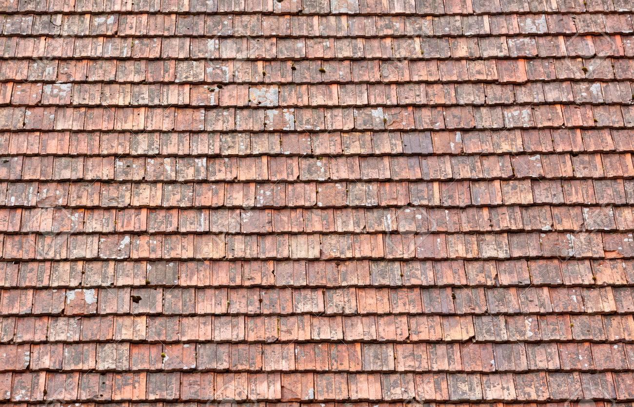 Dachziegel textur grau  Alte Rot Und Orange Verwitterte Dachziegel Textur Lizenzfreie ...
