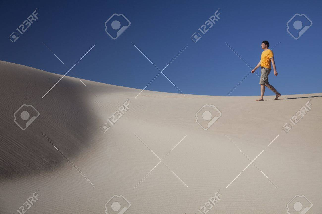 Man lost in African desert. Stock Photo - 5890326