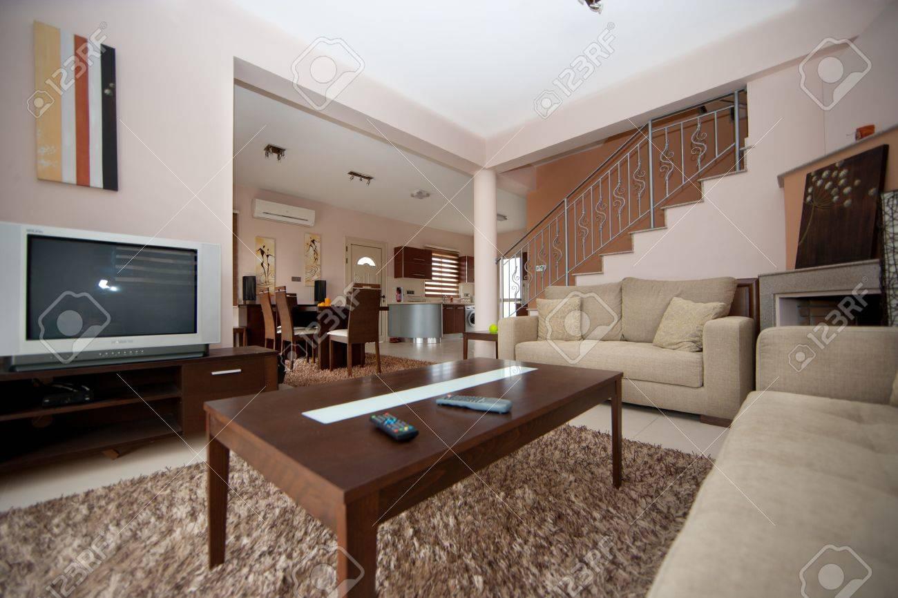 Standard Bild   Wohnzimmer Braun Und Weiß Esszimmer, Küche Und Wohnzimmer