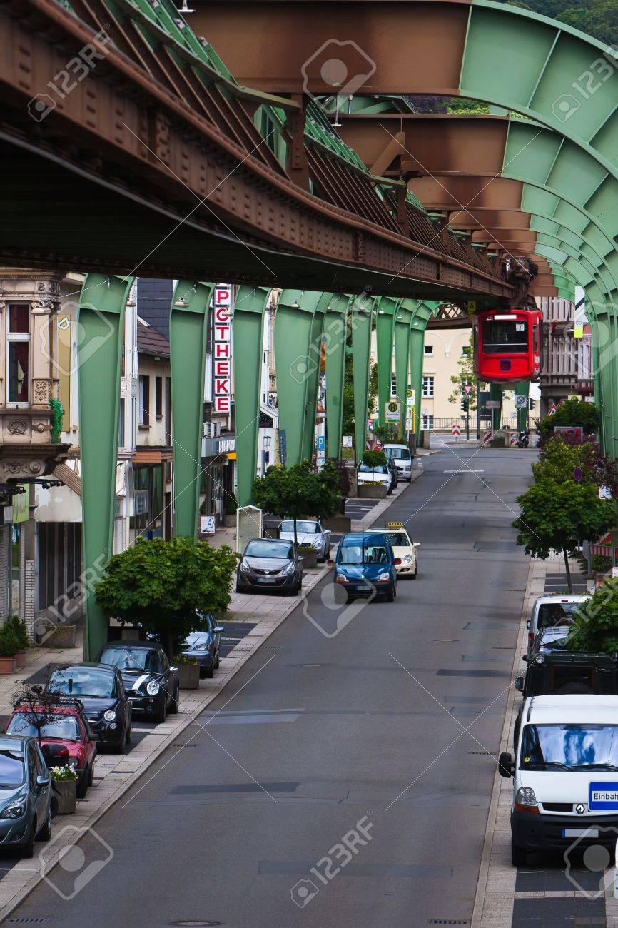 Wuppertal suspension railway Stock Photo - 16868143