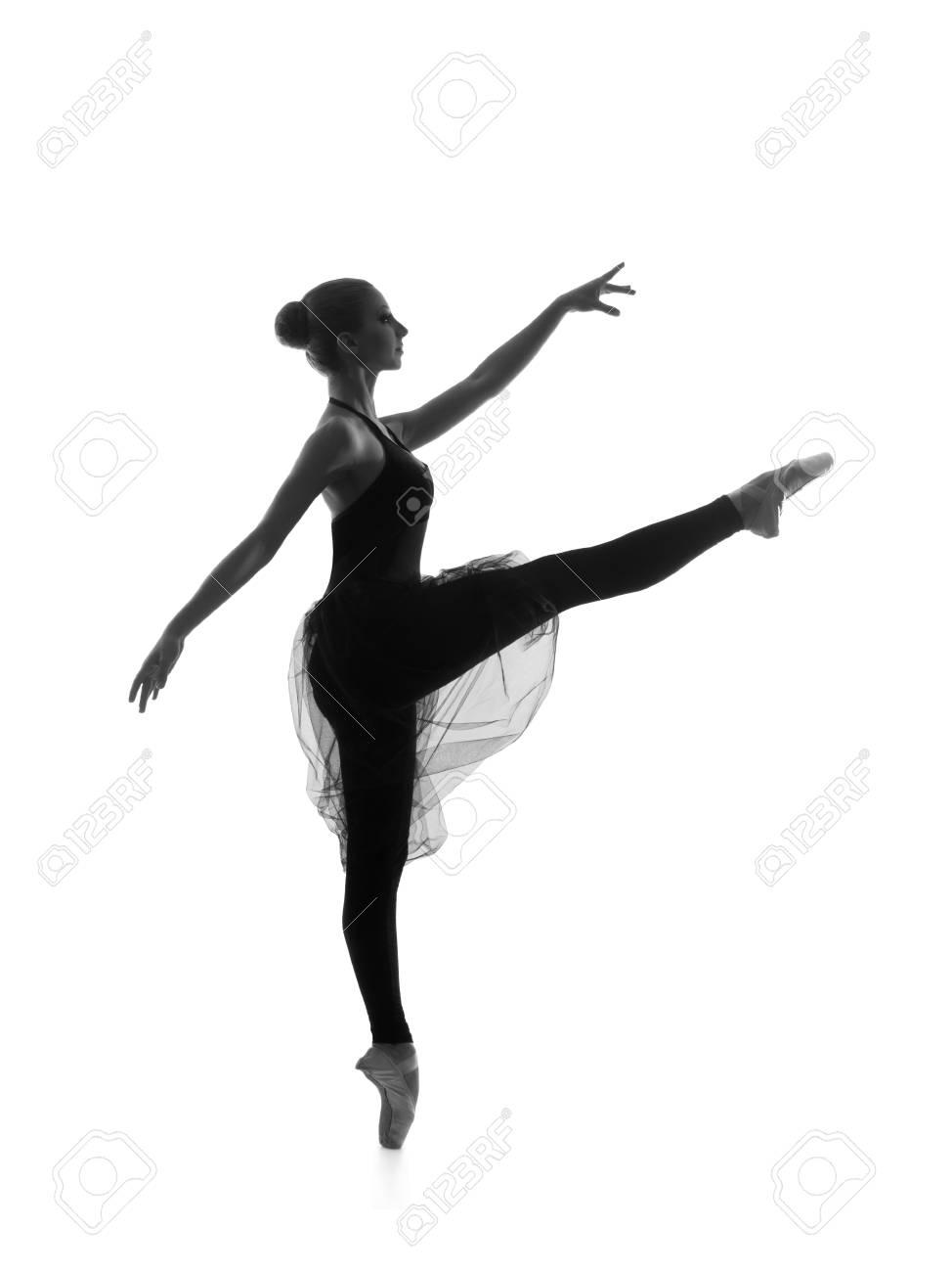Trace Noir Et Blanc De Belle Jeune Danseuse De Ballet Isolé