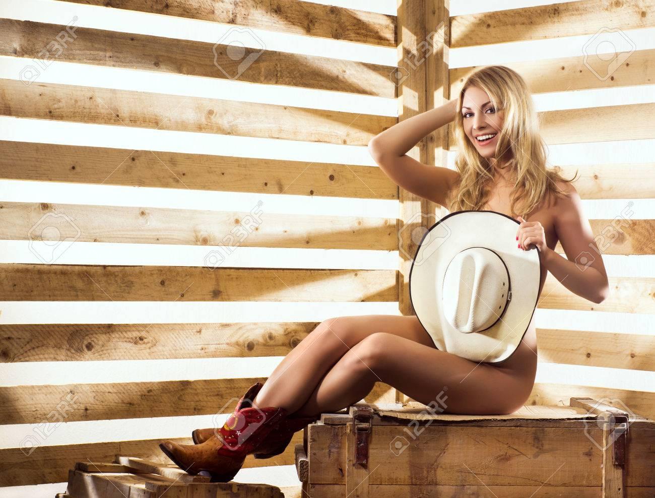 naken cowgirl pics