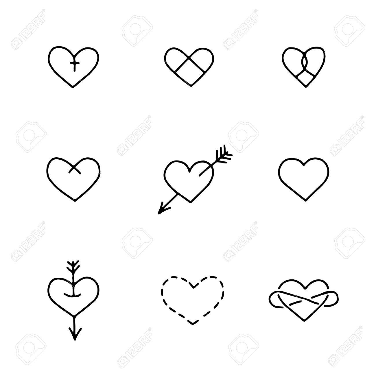 Ensemble De Neuf Coeurs Dessines A La Main Dans Le Style De Tatouage