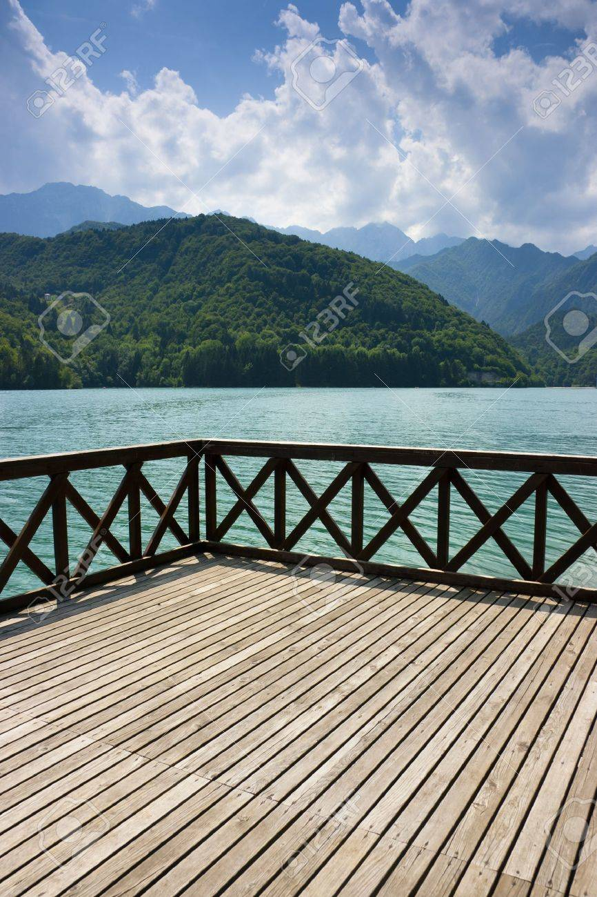 Terrace on the green waters of Barcis lake, Pordenone, Italy Standard-Bild - 14399044