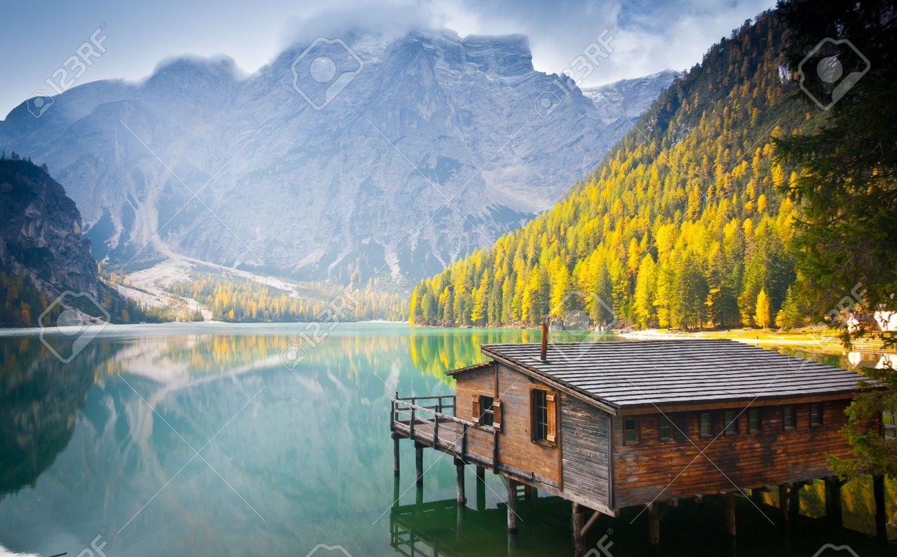 Hut on Braies lake and Dolomiti, Trentino Alto Adige, Italy Standard-Bild - 18025637