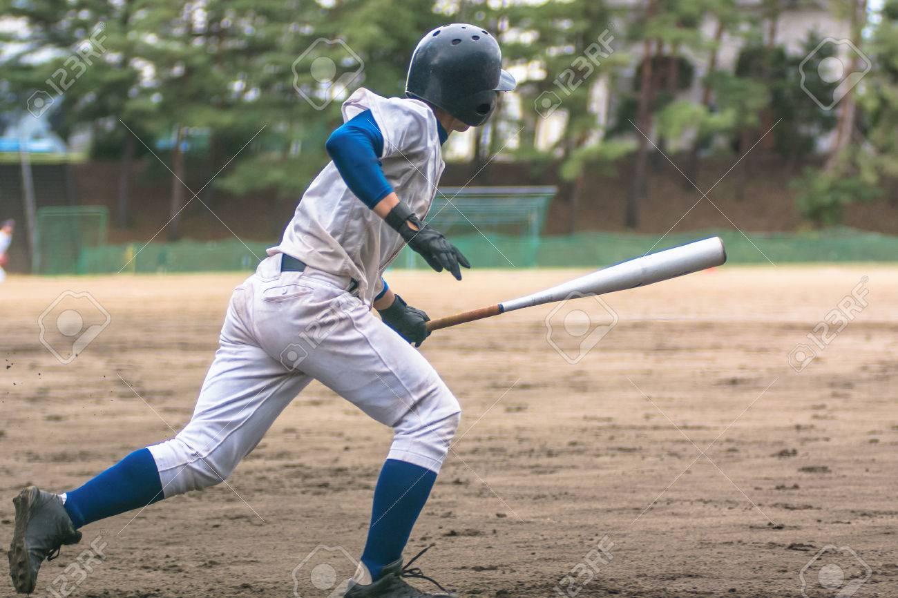 High School Baseball player - 65333379