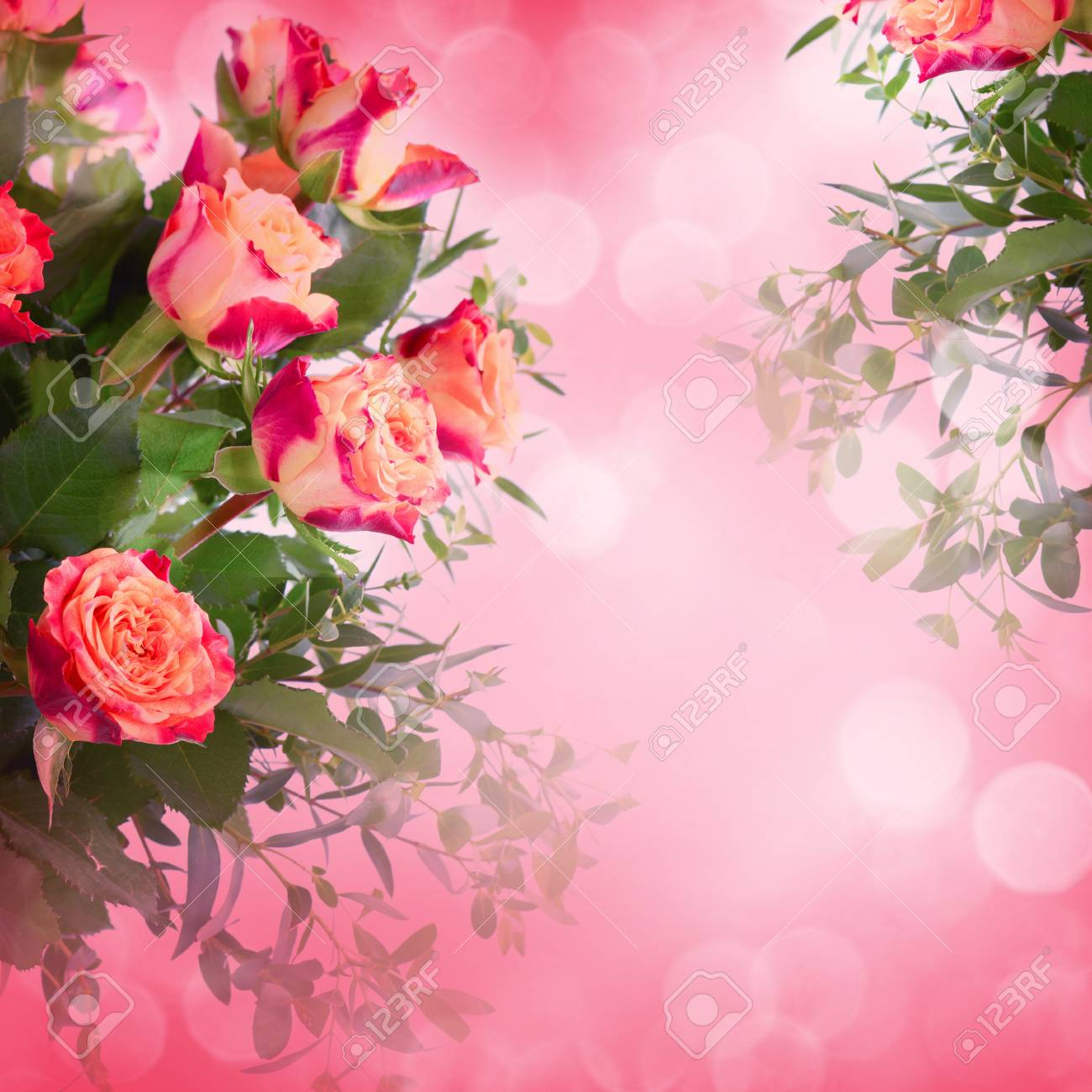 Bouquet of roses on romantic background - 43347792
