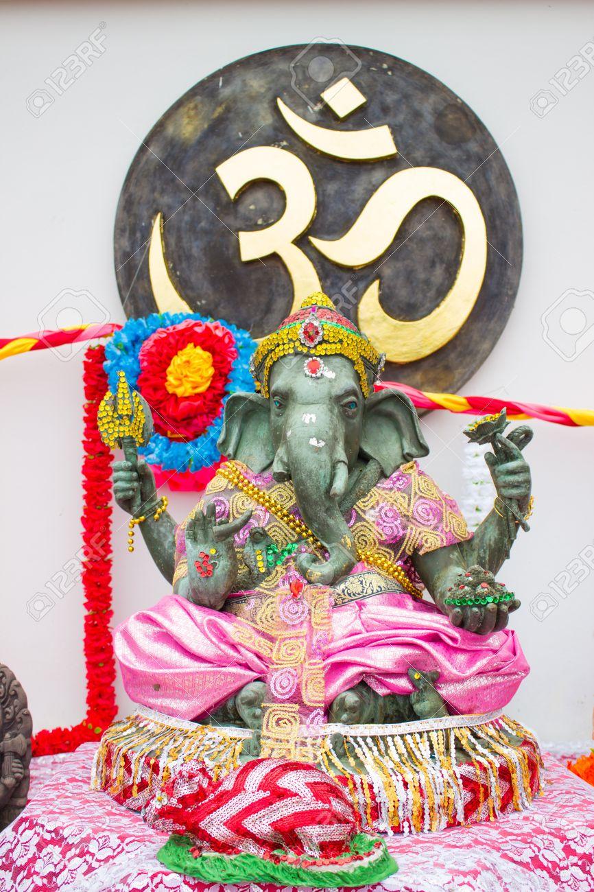 statue of Ganesha - the Elephant headed god of luck and prosperity Stock Photo - 15772205