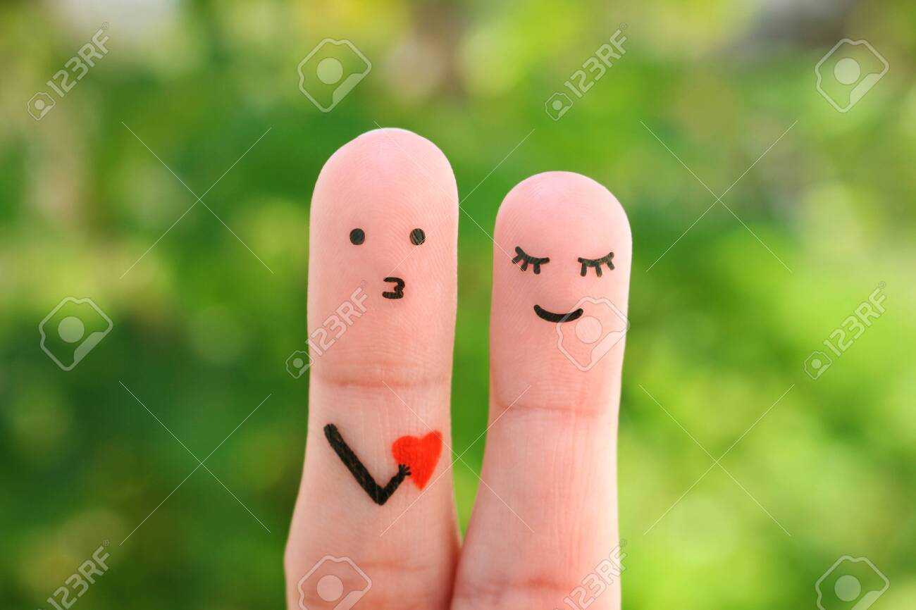 Fingers art of happy couple. Concept of man confessing his love to woman. - 123167439