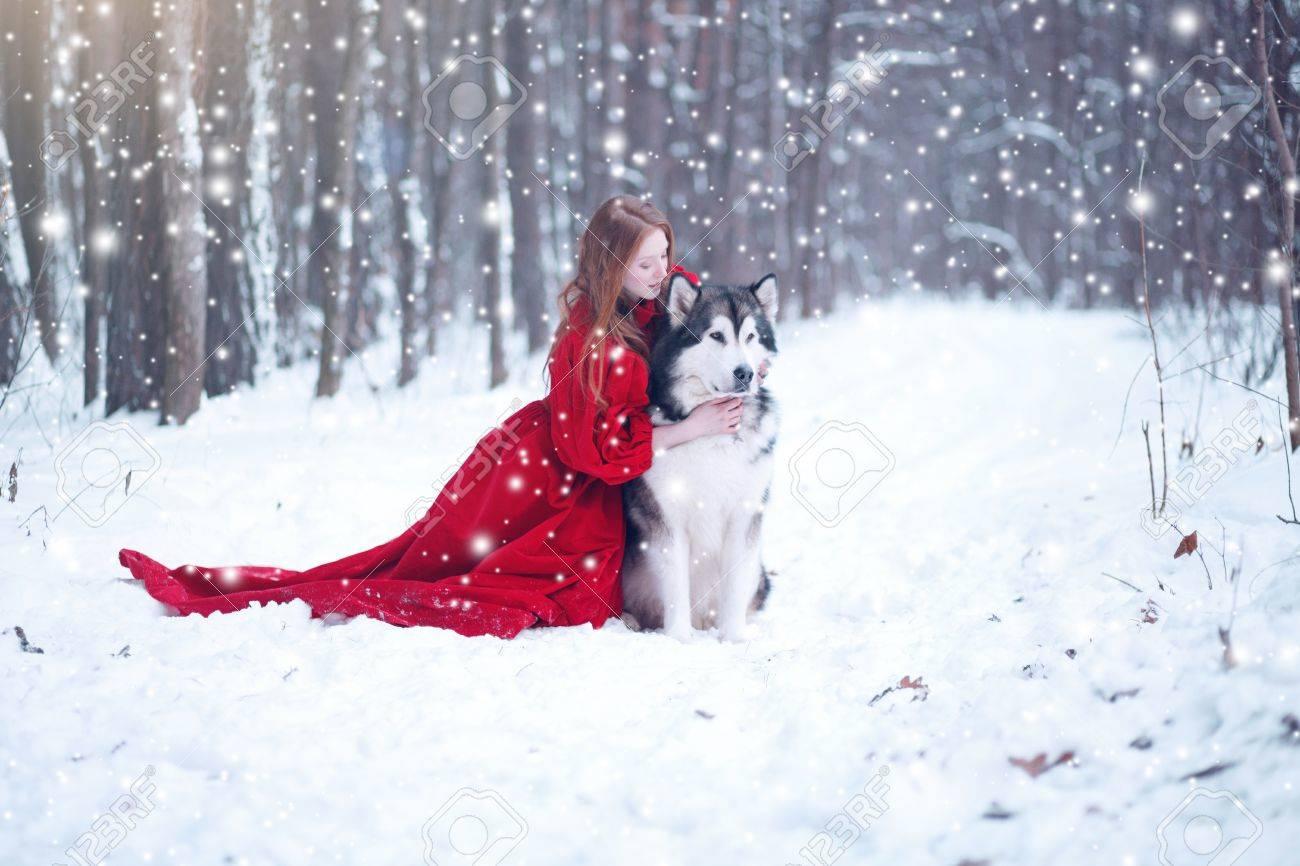 Rojo Cuento Niña De Los Con El Perros Vestido En Mujer Hadas tOqwH8FO