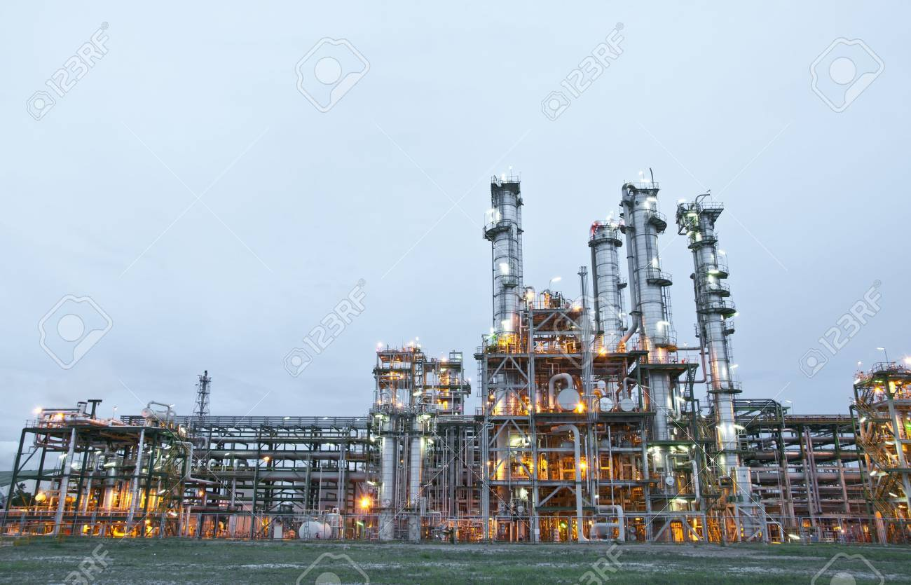 Morning scene of chemical plant , Maptaphut industrial , Eastern of Thailand Stock Photo - 14710929