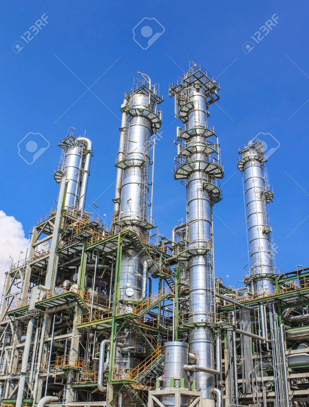 Structure of Oil and chemical factory in day time - 16148443