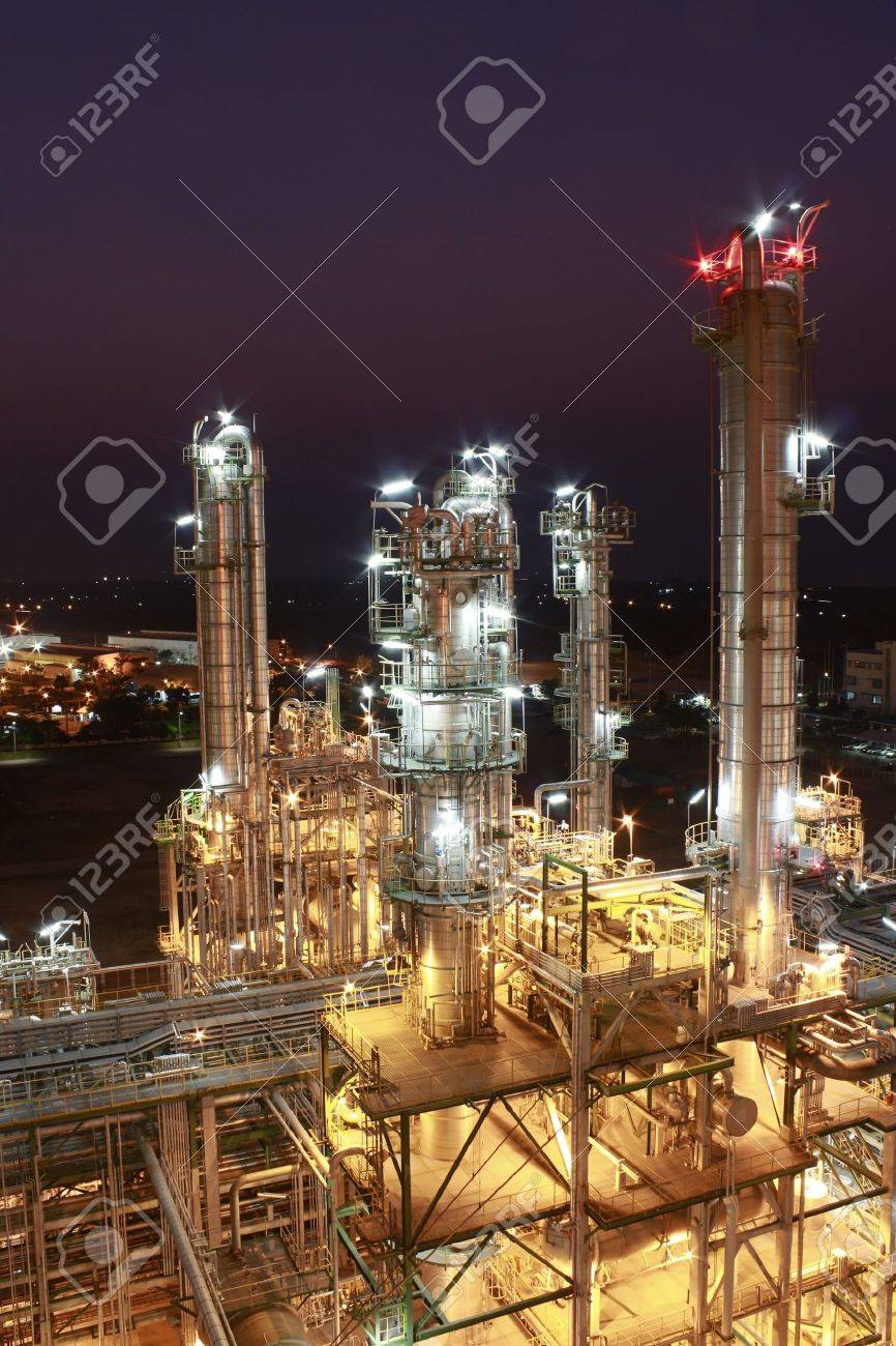 Night scene of petrochemical Plant - 17465816