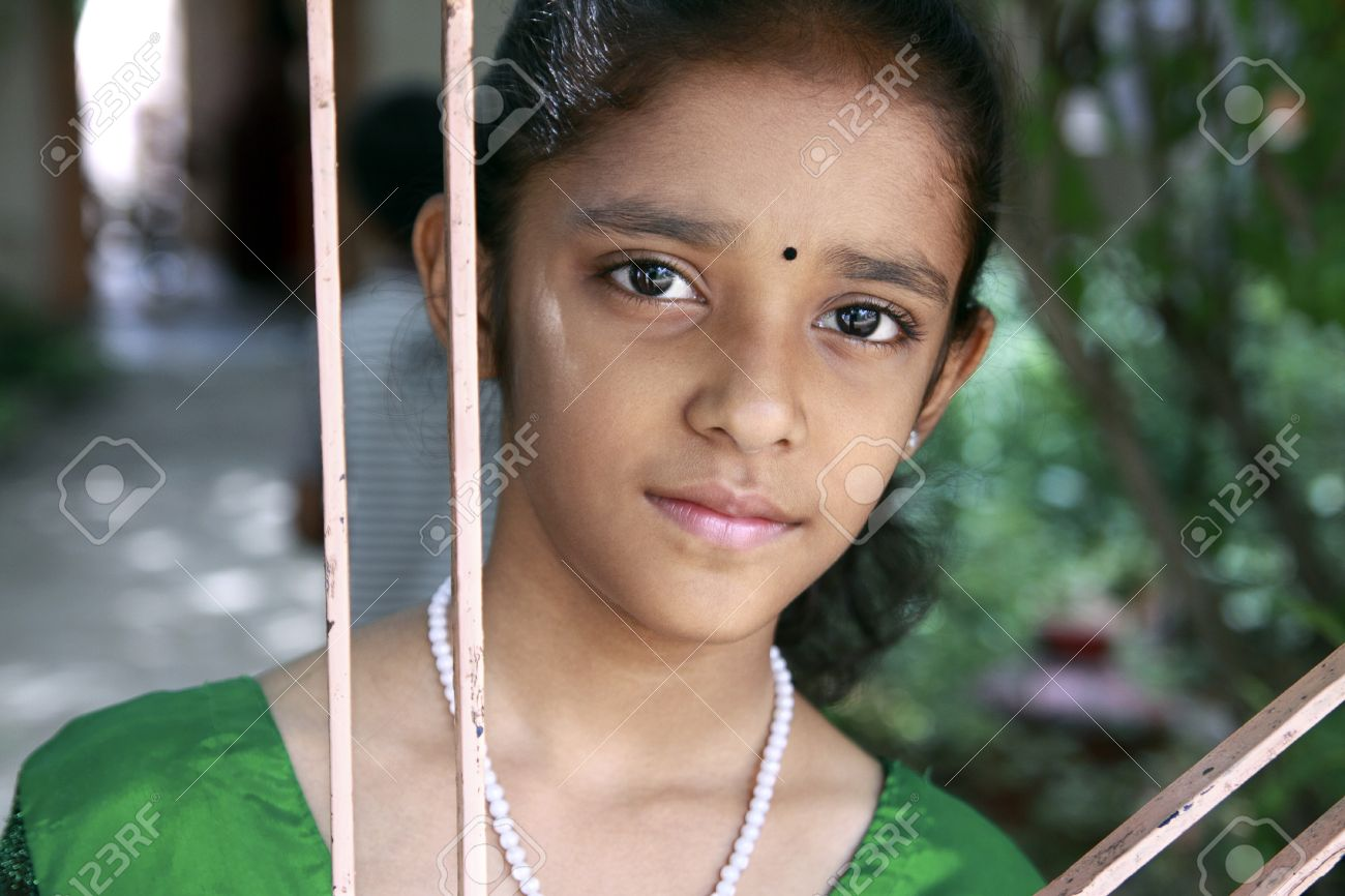 Beautiful Indian Teenage Girl Stock Photo 19933111