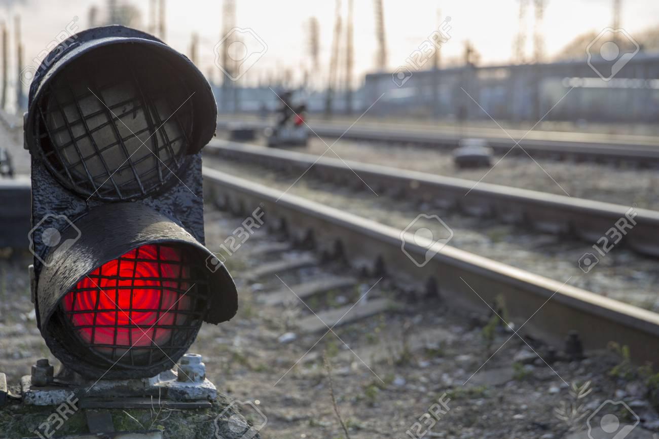 Railway bright red traffic light stop caution warning signal Stock Photo - 94273698