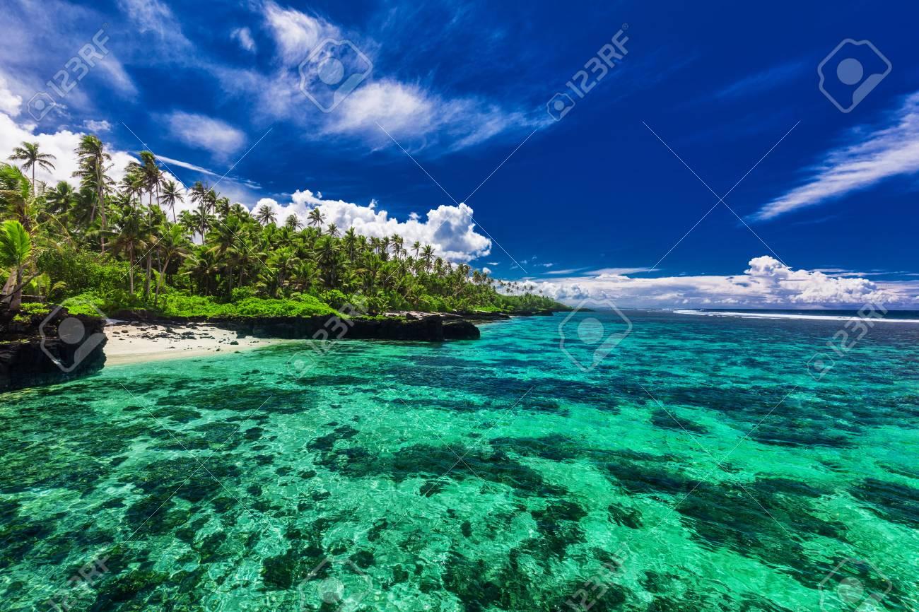 ウポル、サモア諸島の南側にサン...