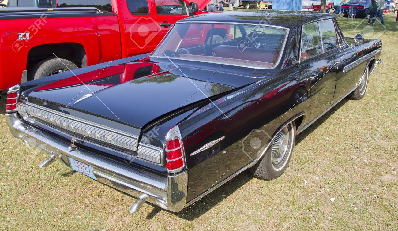 Marion wi september 16 rear side of 1963 black pontiac bonneville car at