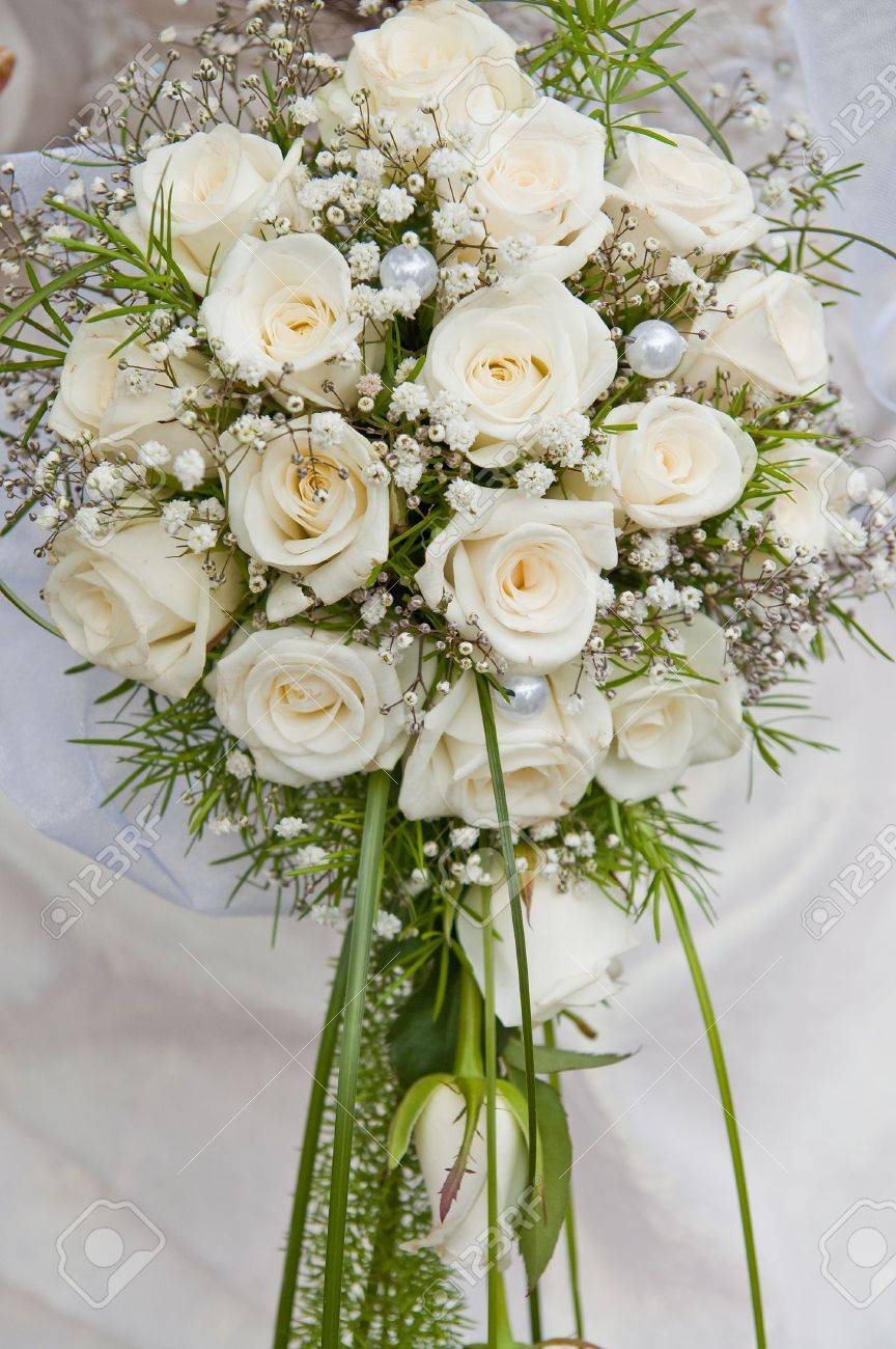 white fine rose in wedding bouquet Stock Photo - 6123518