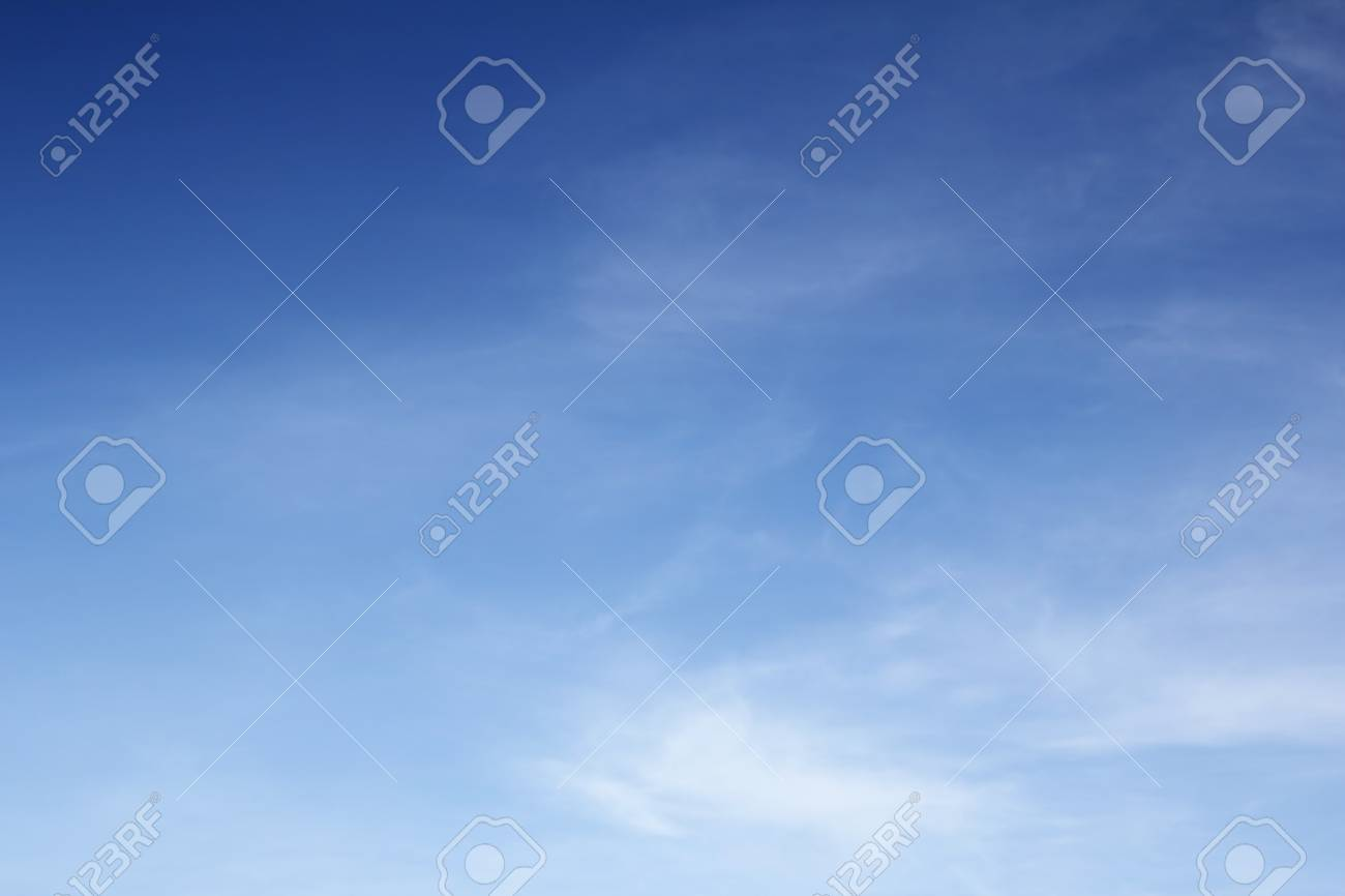 Blue sky with cloud background Stock Photo - 15883840