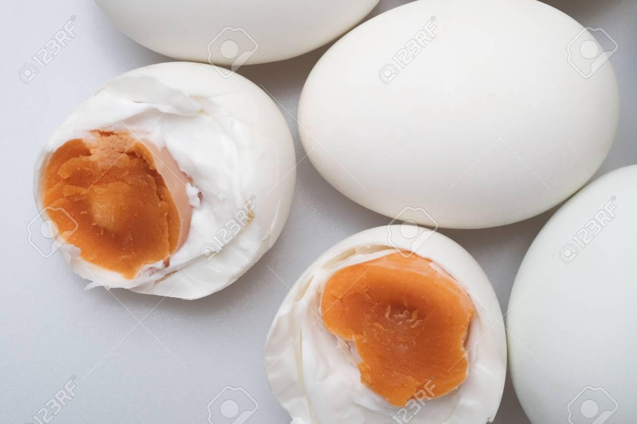 ゆで 卵 塩漬け