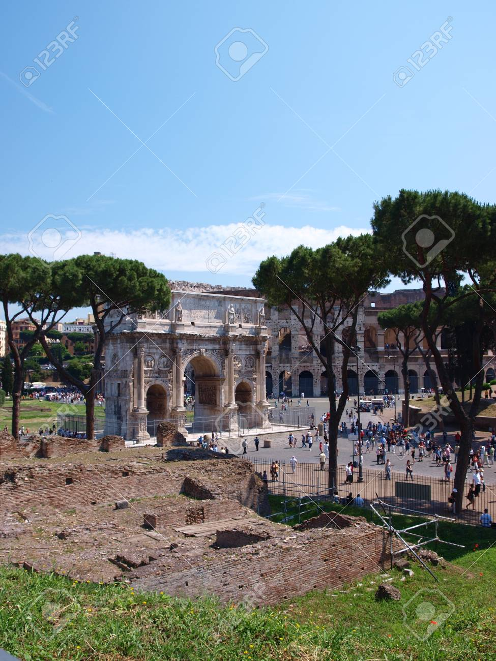 The Arch of Constantine the Great seen from Colosseum, Rome, Italy Stock Photo - 11273579