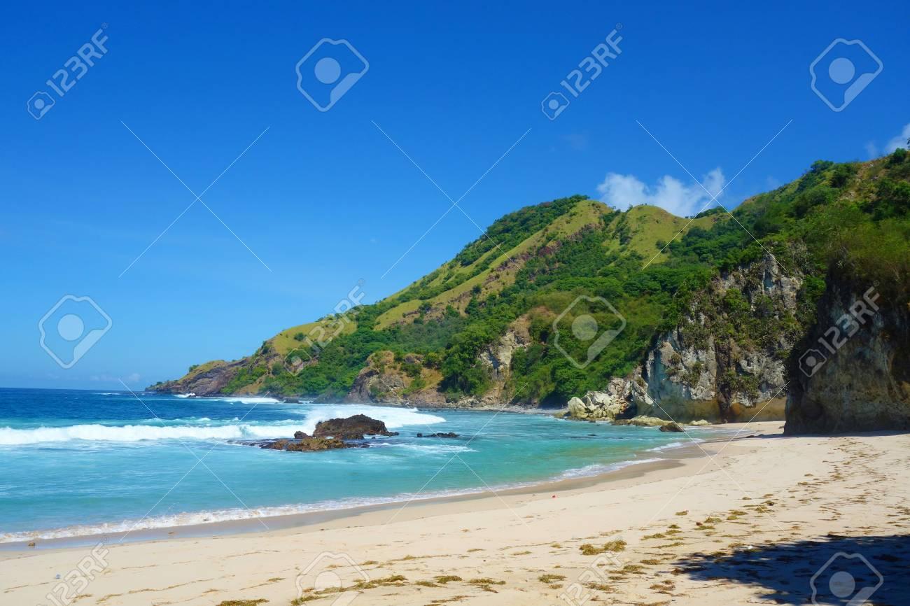 Paradise lagoon of of Koka beach, an exotic two beaches coastline in East Indonesian Flores island, Nusa Tenggara Timur - 124631064