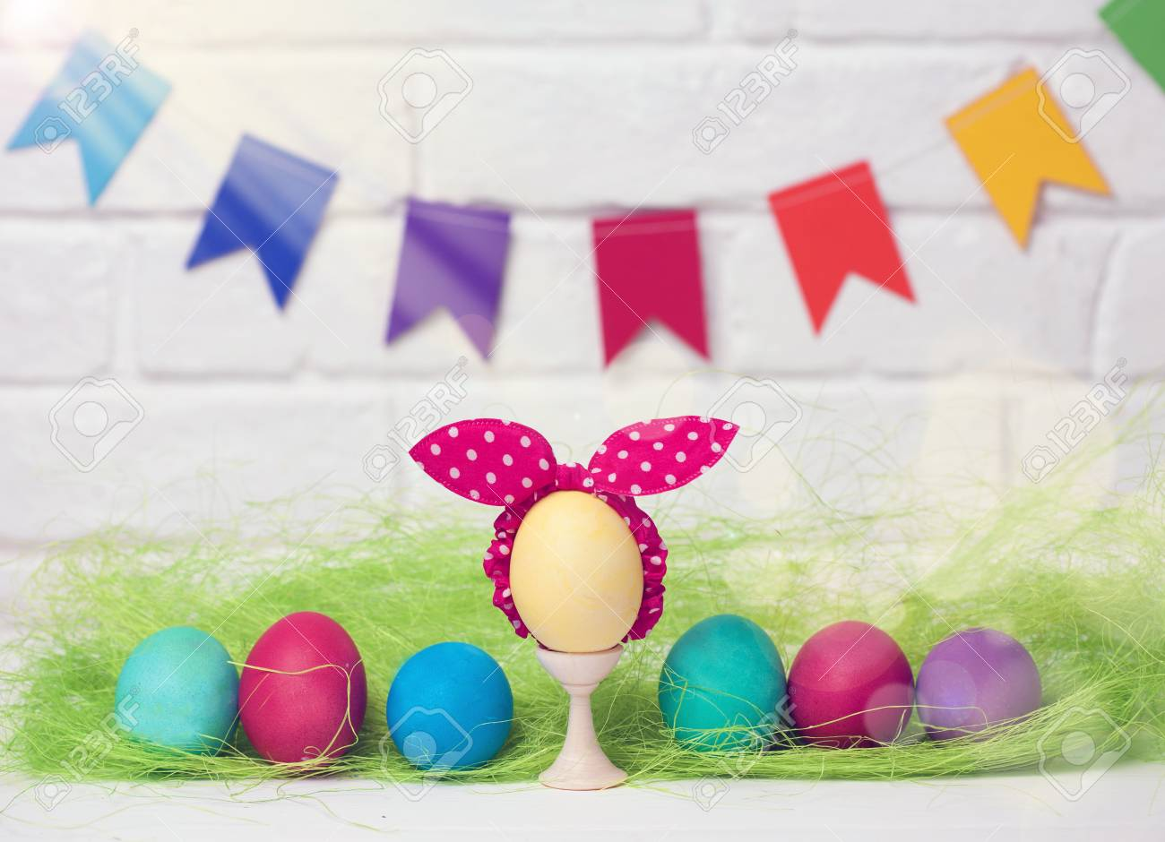 Easter eggs and flags decoration for easter holiday with easy easter eggs and flags decoration for easter holiday with easy diy easter flags do solutioingenieria Choice Image