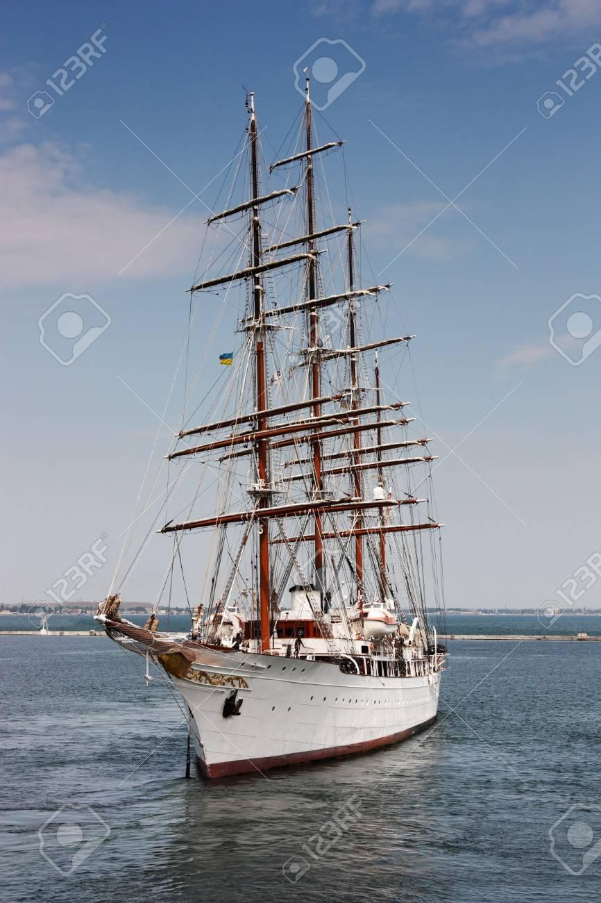 sailing ship Stock Photo - 7422194
